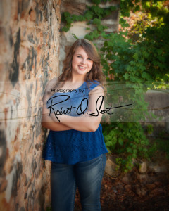high-school-senior-outdoors-robert-seat-photography