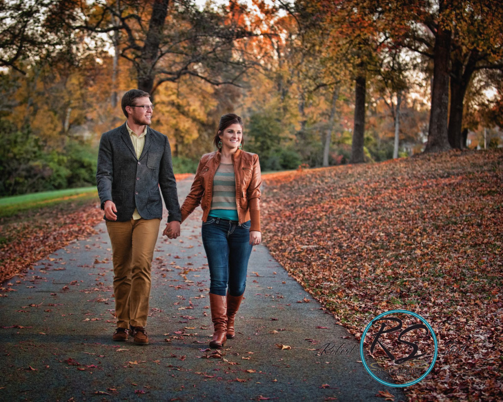 engagement-portrait-batesville-couple-robert-seat